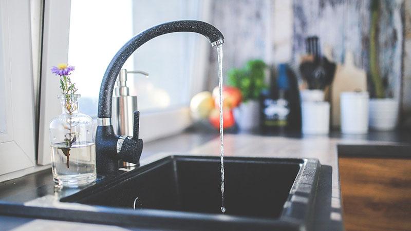 acqua-rubinetto-ai-tempi-del-coronavirus